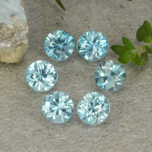 Light Greenish Blue Zircon Gem - 0.4ct Diamond-Cut (ID: 482829)