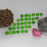 thumb image of 2.1ct Round Facet Green Chrome Diopside (ID: 468220)