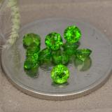 thumb image of 0.1ct Round Facet Green Chrome Diopside (ID: 478701)