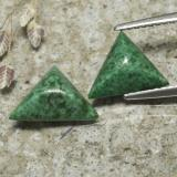 thumb image of 3.1ct Trillion Cabochon Green Maw-Sit-Sit (ID: 477587)