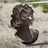 thumb image of 4ct Carved Cameo Silver Mother of Pearl (ID: 475199)